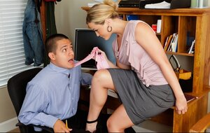 Office fella impales butted blonde colleague with wonderful assets on his purple rod