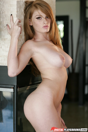 Gorgeous lady with sexy freckles and nice tits Faye Reagan does a hot strip
